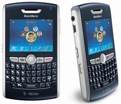 BlackBerry 8820 front and side view