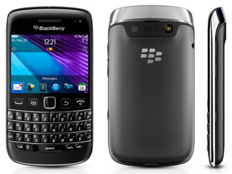 BlackBerry Bold 9790 front and side view