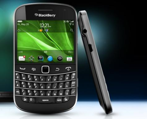 BlackBerry Bold Touch 9930 front and side view
