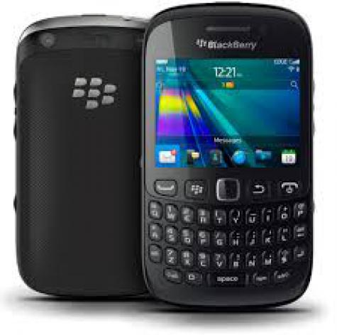 BlackBerry Curve 9220 front and side view