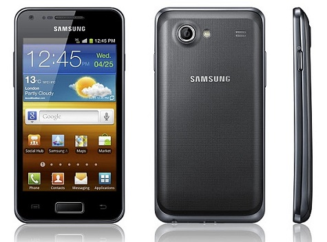 Samsung Galaxy Ace Advance S6800 front and side view