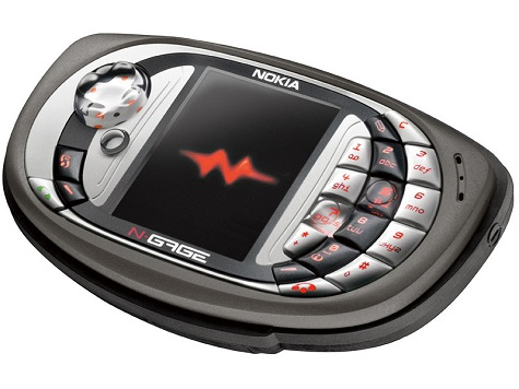 Nokia N-Gage QD front and side view